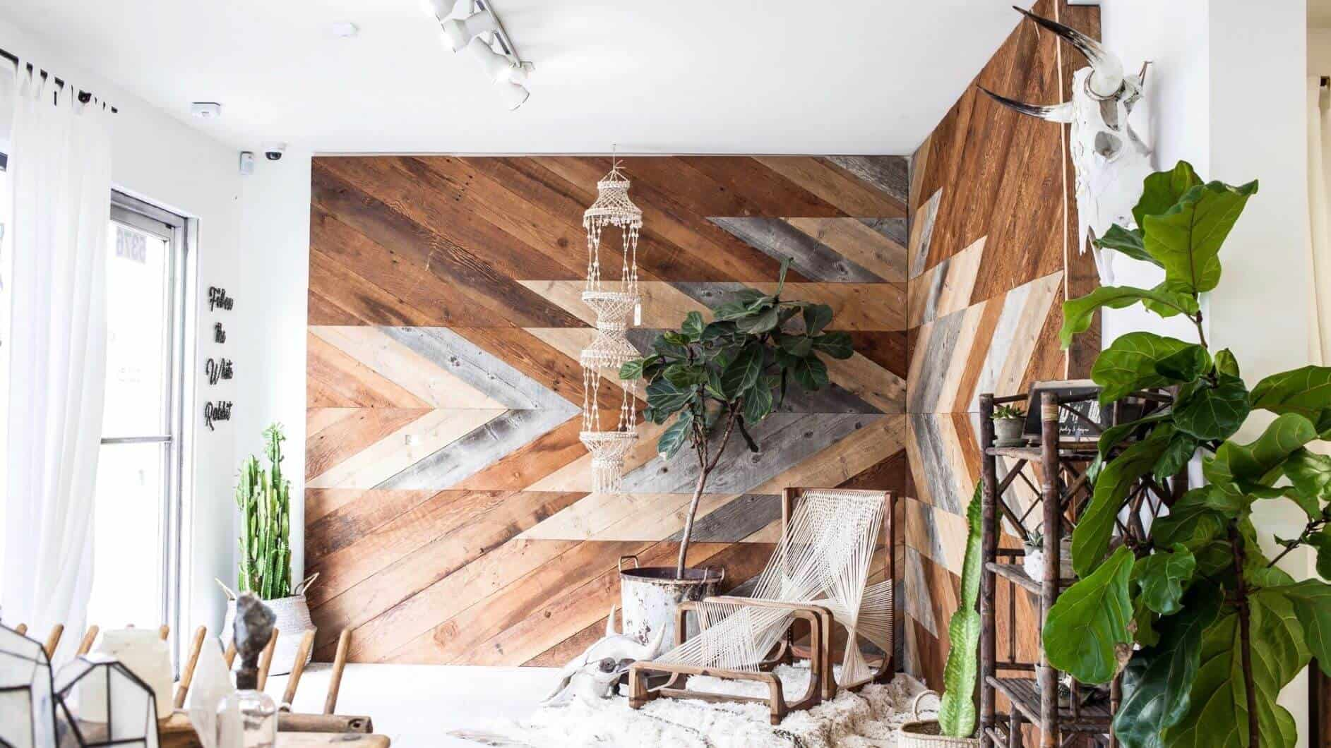 1701 1 - Reclaimed Faux Beams vs. Solid Beams - Which ones are right for your job?