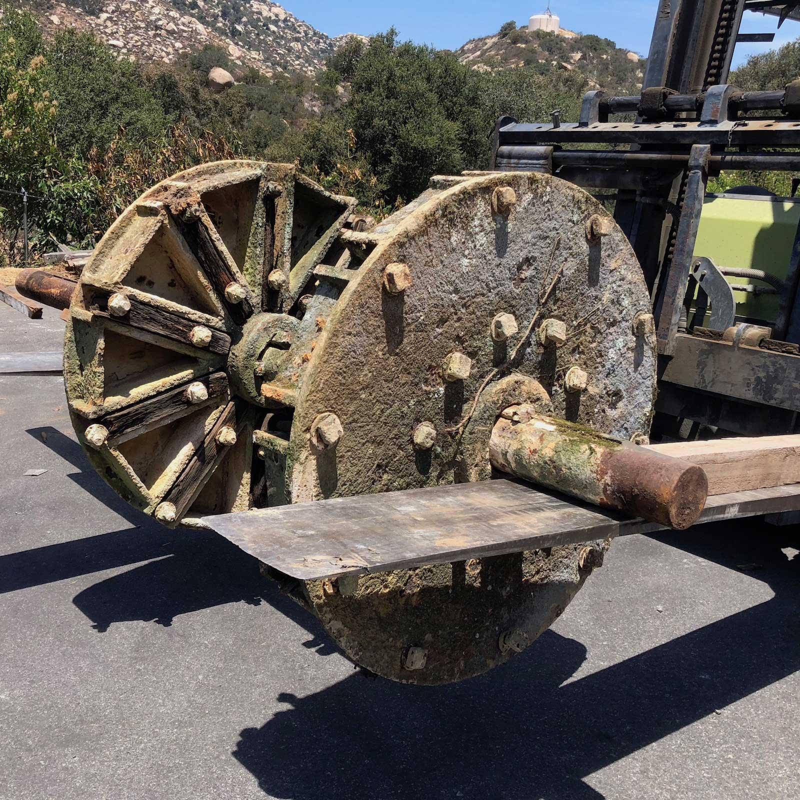 Antique Water Wheel Hub - Vintage Timberware