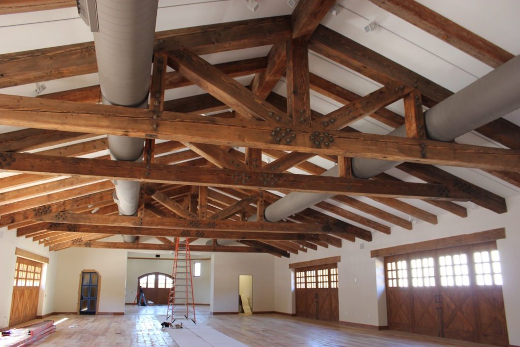 IMG 0105 1024x683 - Reclaimed Faux Beams vs. Solid Beams - Which ones are right for your job?