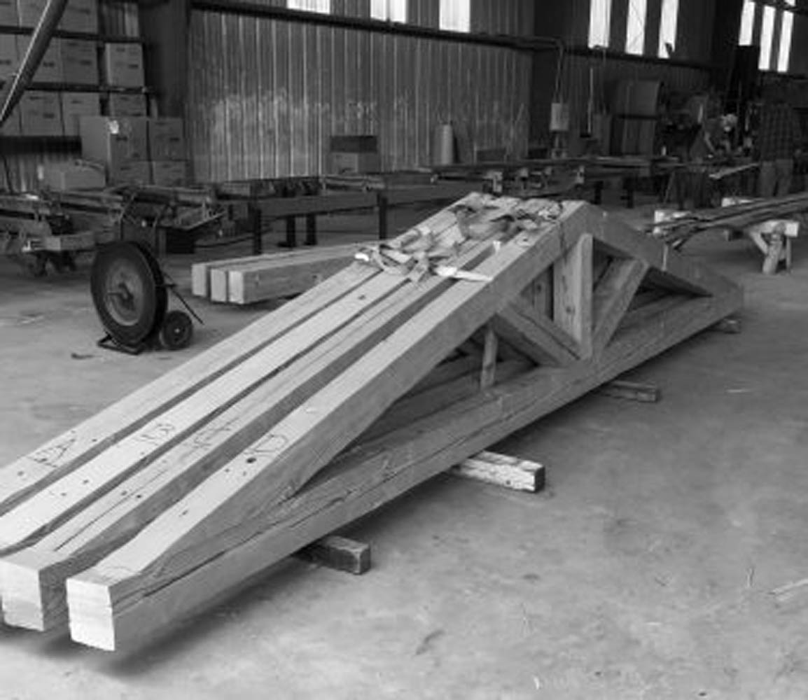 Image 10 10 16 at 5.48 PM 1 375x325 - Truss Fabrication