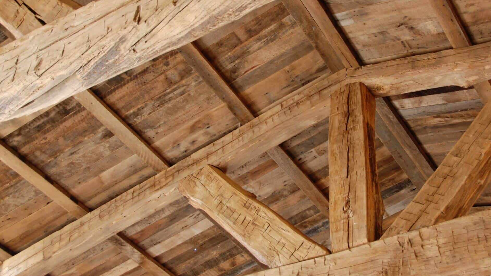 Live Edge Truss Detail 1 - Reclaimed Faux Beams vs. Solid Beams - Which ones are right for your job?