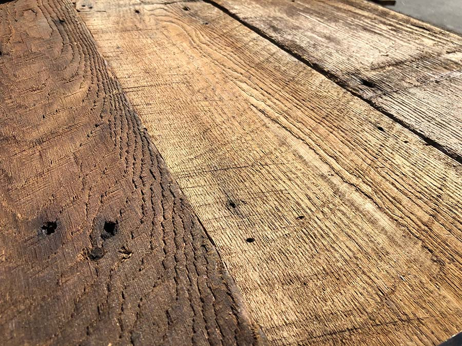 chestnut detail - Reclaimed Planking Wormy Chestnut