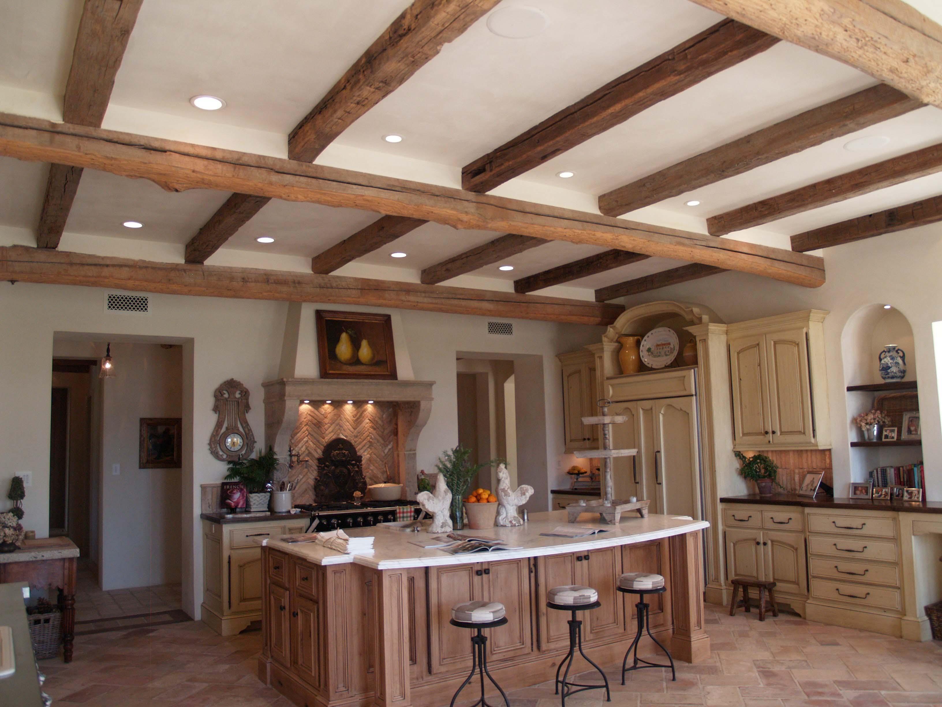 edge hardwood beams02 - Reclaimed Hardwood Barn Timbers