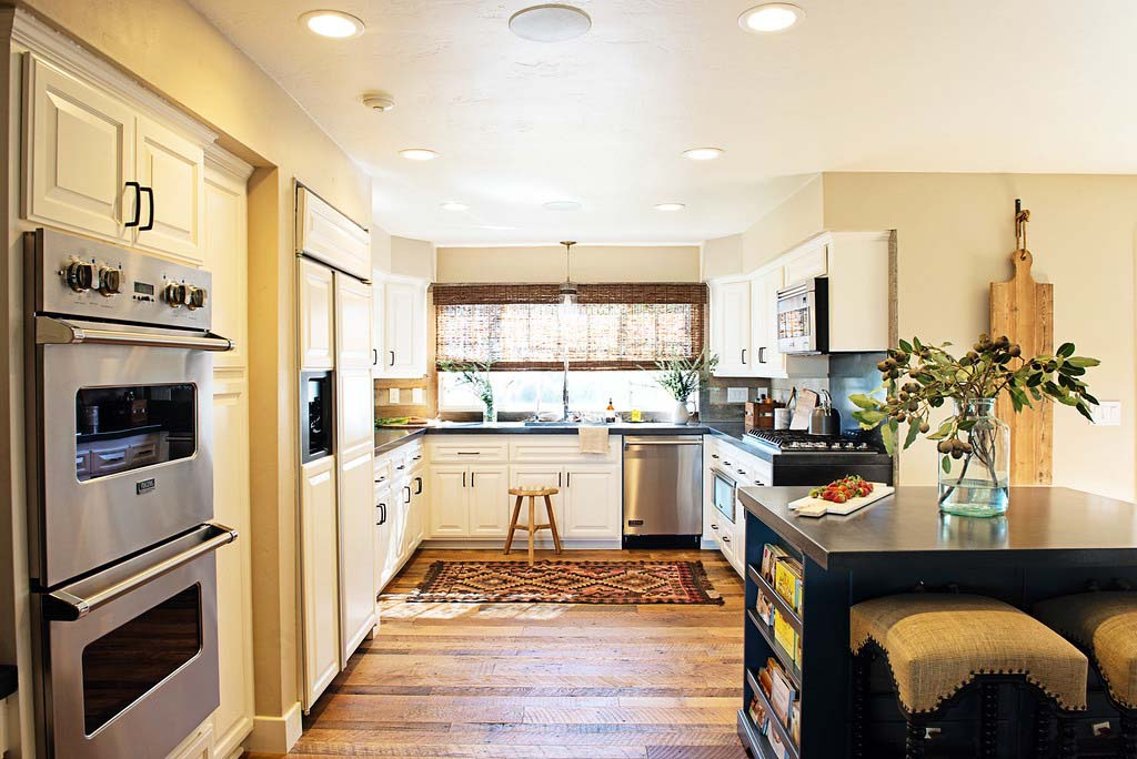 rustic oak flooring02 - Reclaimed Barn Oak