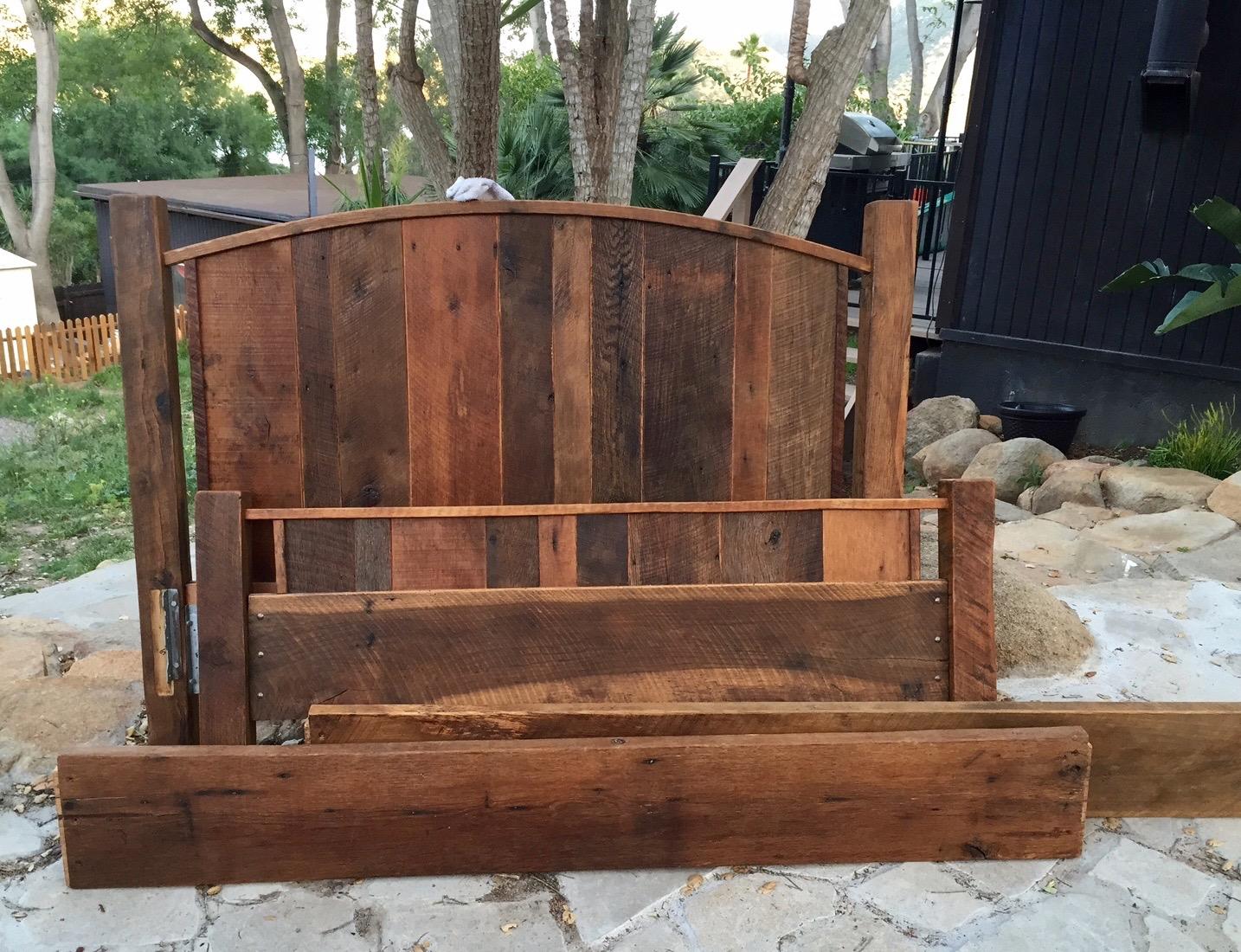 sanded plank oak09 - Reclaimed Planking Barn Oak