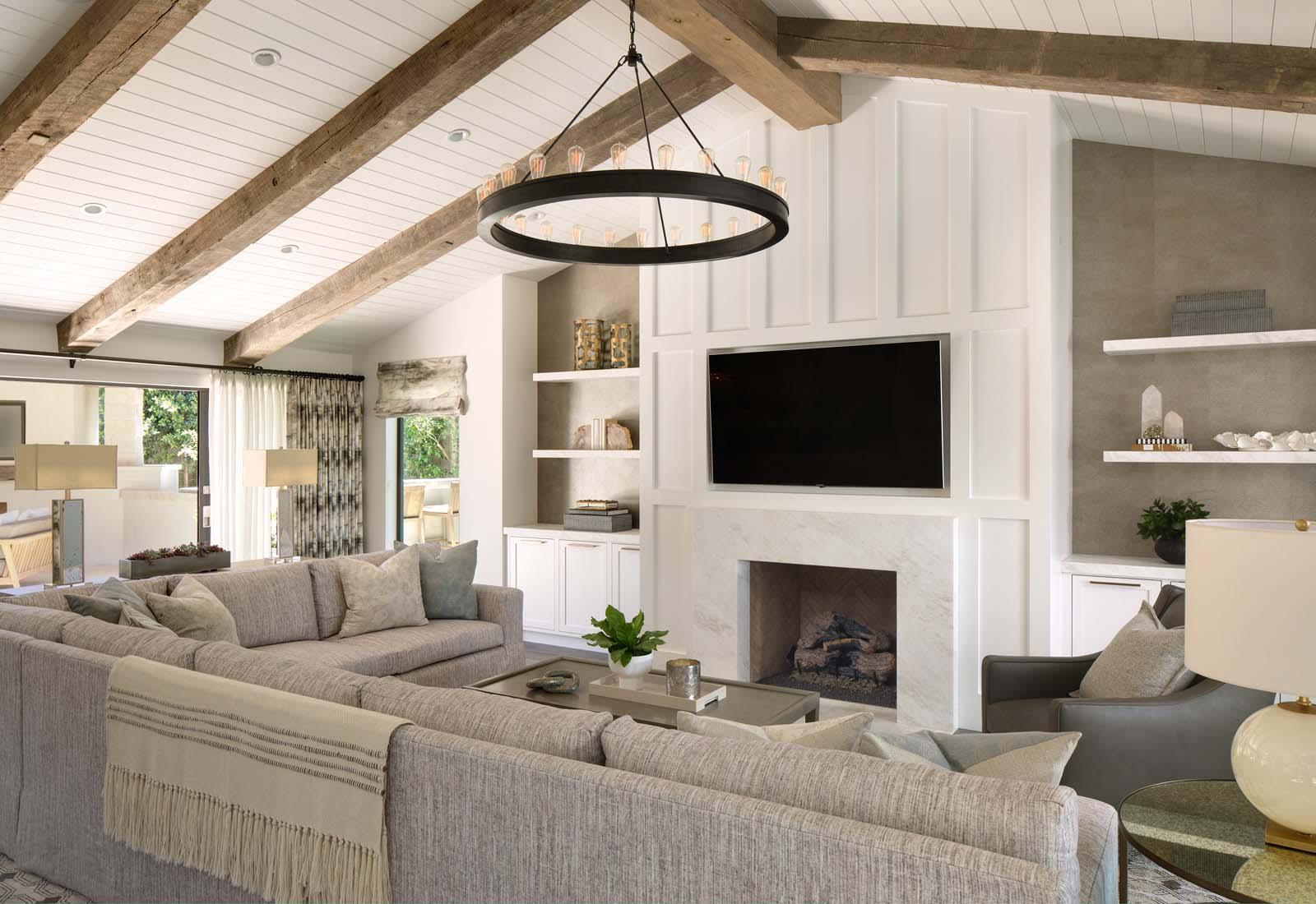 sawn hardwood beams09 - Reclaimed Hardwood Barn Timbers