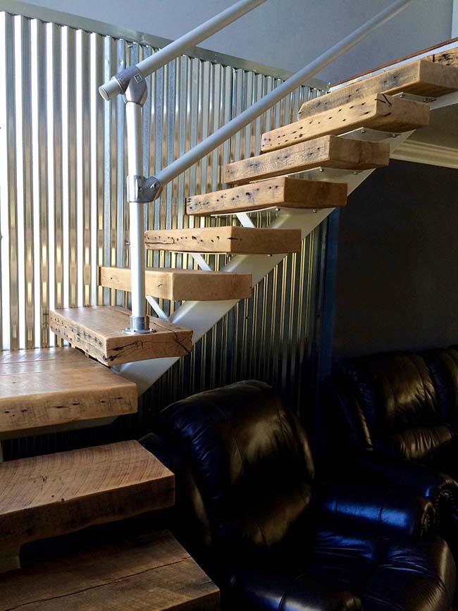 semi oak flooring02 - Reclaimed Barn Oak