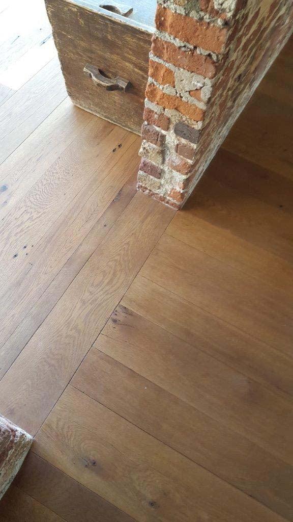 surfaced oak flooring - Reclaimed Barn Oak