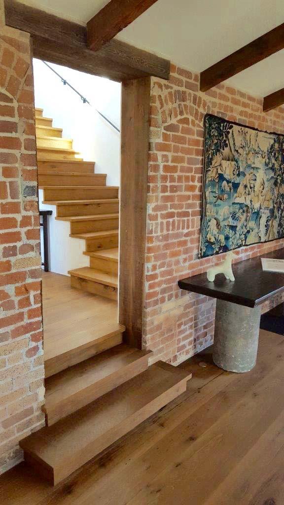 surfaced oak flooring05 - Reclaimed Barn Oak