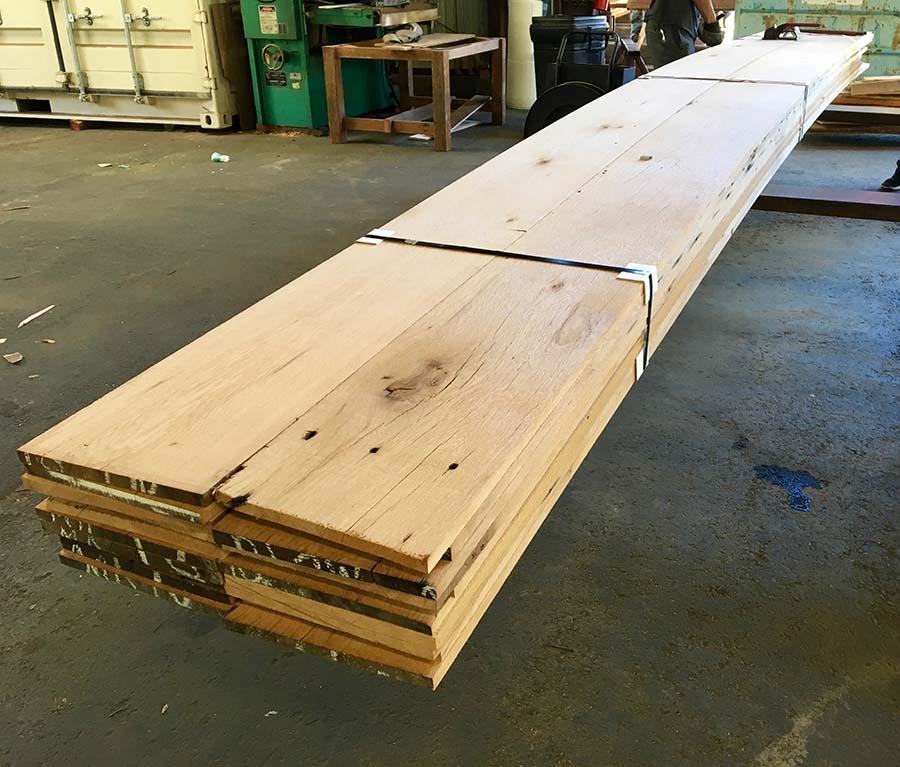 surfaced oak07 - Reclaimed Planking Barn Oak