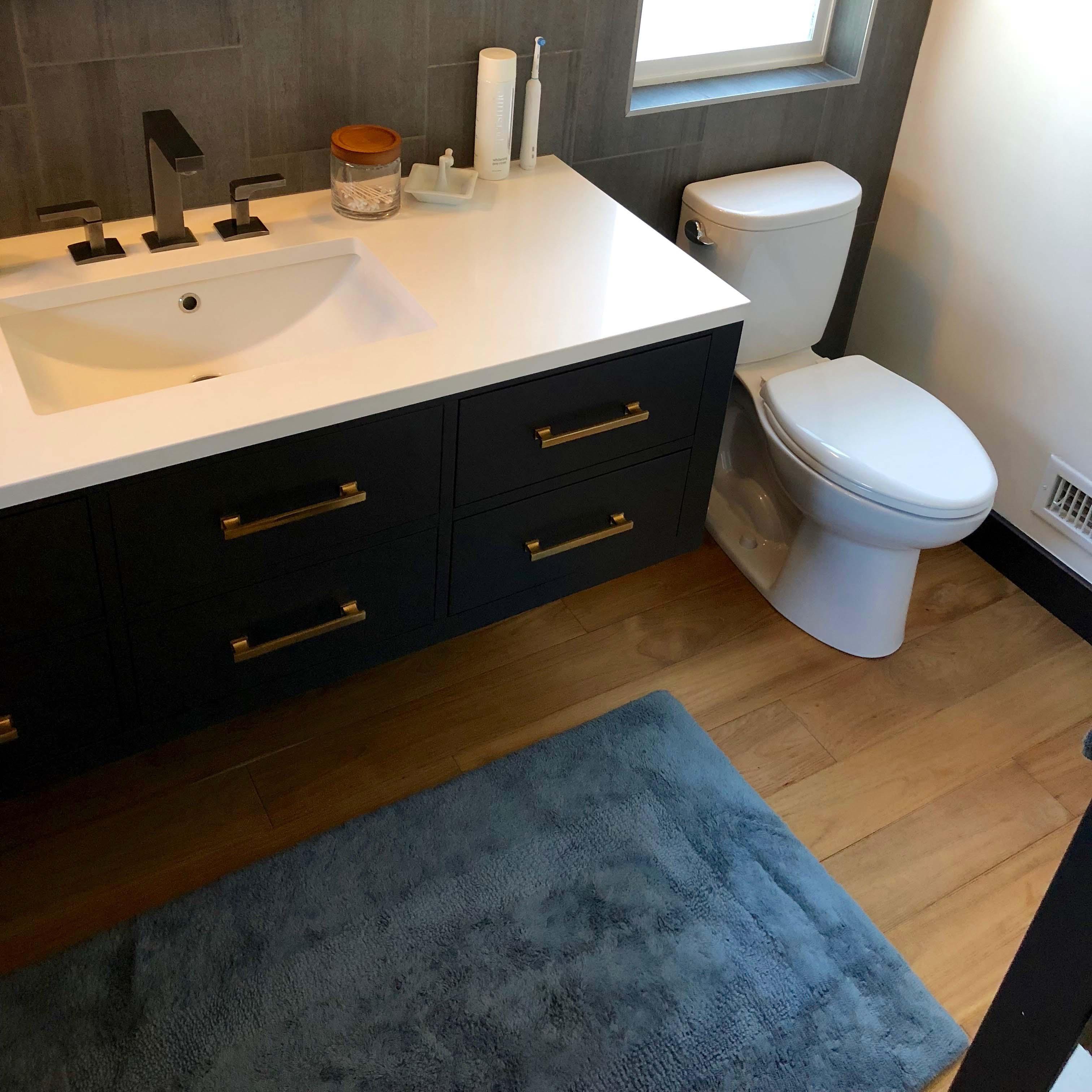 wire brushed bathroom - Reclaimed Teak Flooring